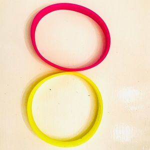 Accessories - Girls Silicone Bracelets + Charms Kit 5 Pieces